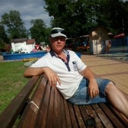 Парень из Москвы. Ищу  подругу или просто девушку для секса.