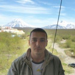 Парень, ищу девушку в Воронеже для секса и может отношений